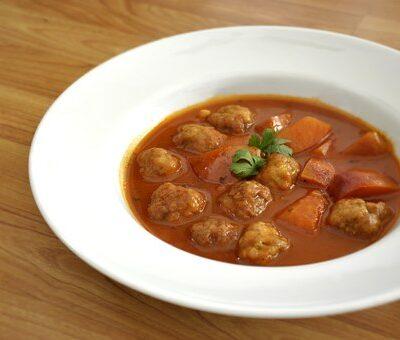 indian meatballs in tomato sauce
